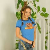 Carla looking as beautiful as ever in casual jeans and t-shirt.