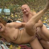 Wrinkled mature harlot Anna Mary stripping off her clothes outdoors to seduce a hunk